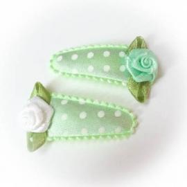 Mint groen met witte stip