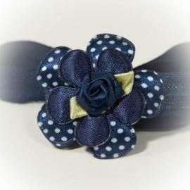Donkerblauw met witte stip