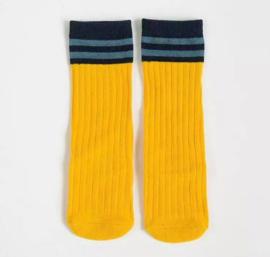Donker geel streep