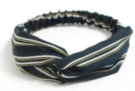Donkerblauw streep