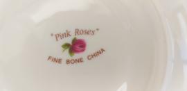 Fine Bone China PINK ROSES kop en schotel