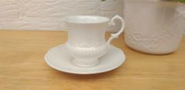 Elizabethan white kop en schotel