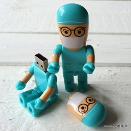 USB STICK ARTS GROEN