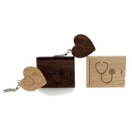USB stick Houten hart in luxe box - Stethoscoop