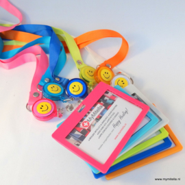 ZIPPER -JOJO  + BADGE & LANYARD ROZE HAPPY FACE ROZE