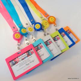 25 stuks zipper happy face + badgehouder actieprijs