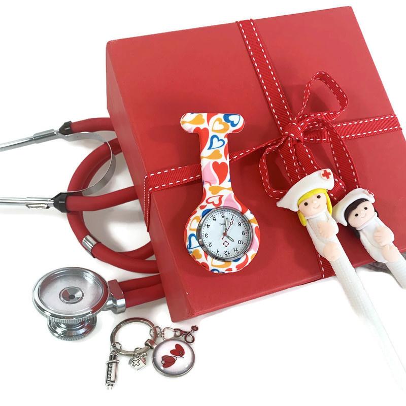 Cadeau verpleegkundige: vind het perfecte cadeau voor jouw zorgheld! Top 5 medische cadeaus