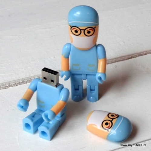USB STICK ARTS BLAUW