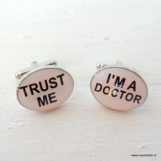 MANCHETKNOPEN TRUST ME I'M A DOCTOR