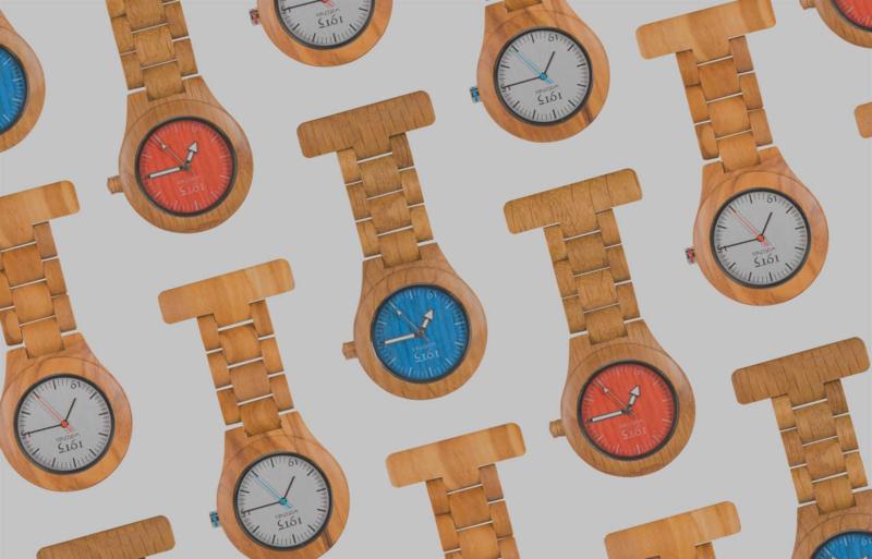 1915 watch model-T houten zorghorloge