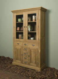 Vitrine cabinet 999,00