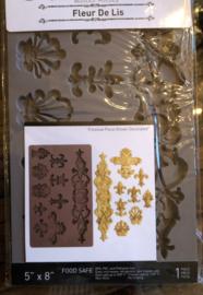 Mal Franse Lelie ( zelf ornamenten maken met klei)