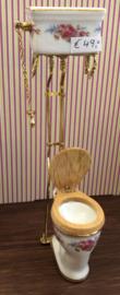 Hoog Toilet Dr. R. 5(b) x 5,5(d) x 16,5(h) cm