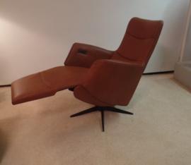 Twice Sta op stoel, compact en zeer comfortabel, een luxe om iedere dag van te genieten  - veilig opstaan en weer gaan zitten, direct levebaar
