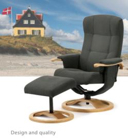 Senioren draai comfort fauteuil,  uit Scandinavië, Culemborg - met bijpassend voetenbankje  - direct leverbaar
