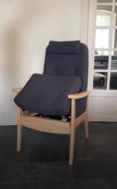 Farstrup opsta fauteuil, makkelijk opstaan, niet elektrisch, zonder draden of opladen