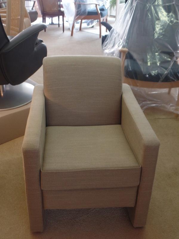Fauteuil model Groenekan, stevig zitcomfort - direct leverbaar