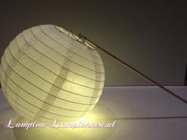 Verlichte lampion met stokje