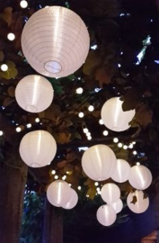Lampion blanc de nylon 25 cm