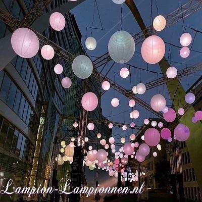 Einkaufstraßen, Einkaufszentren Lampion Deko