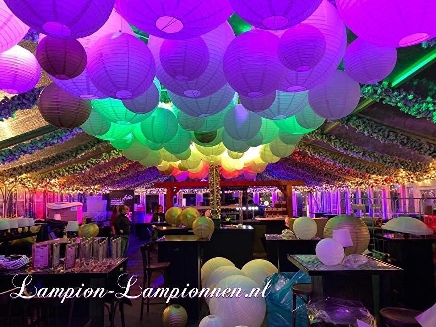 Große feuerhemmende Laternen für Festival Harderwijk auf Eis oder Event, große schwer entflammbare Lampions, feuerfest, feuersäumend, Dekoration Lampion grande laterne feuerfest 75 cm 90 cm mit farbiger LED-Beleuchtung 23