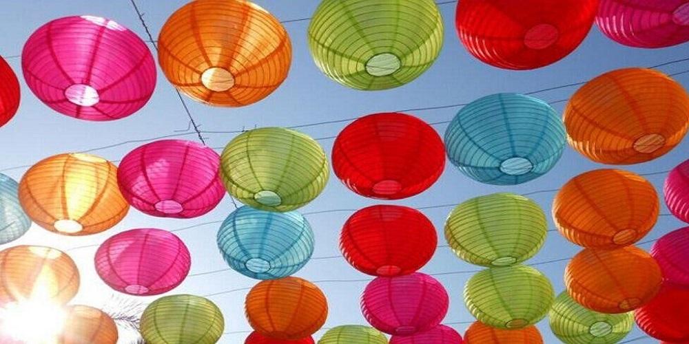 gekleurde nylon lampionnen voor buiten op festival decoratie event styling