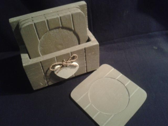 Onderzetters hout  vierkant met hartje