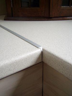 Aluminium hoek - verbindingsprofiel voor werkbladen 28mm