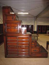 Orginele Japanse trapkast uit de 19e eeuw : kaidan tansu , zeldzaam object.