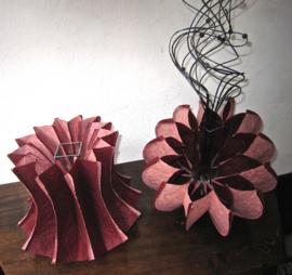 Vaas in WASHI paper, in 5 mogelijkheden te vouwen, inclusief glazen binnenvaas, kleuren acajou/rosé  , wit/zwart