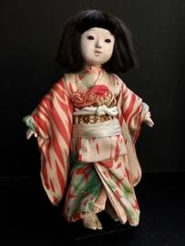 Ishi-matsu girl ± 40 cm. Meiji-periode 1915