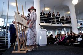 Koningin Máxima draagt zijden kimono van JAPONAIS bij opening tentoonstelling op 31-01 2019.