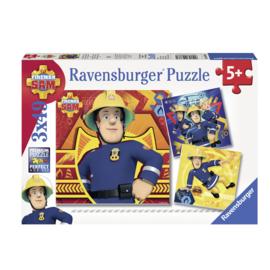 Brandweerman Sam puzzel - Bij gevaar Sam roepen 3 x 49 stukjes