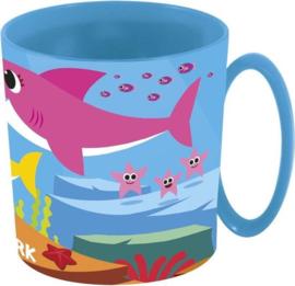 Baby Shark kunststof mok 350 ml.