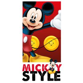 Disney Mickey Mouse strandlaken Mickey Style 70 x 140 cm.