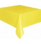 Geel tafelkleed 1,37 x 2,74 mtr.