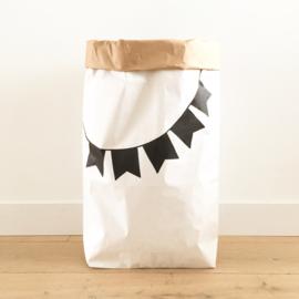 Paperbag slinger