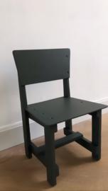 Antraciet houten stoeltje