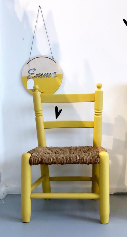 Okergeel stoeltje