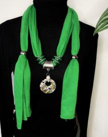 Groene sjaalketting met ronde hanger