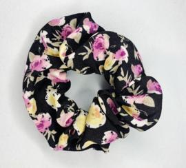 Scrunchie zwart bloem