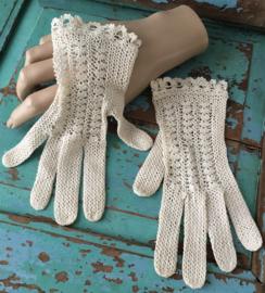 Oude kanten handschoenen