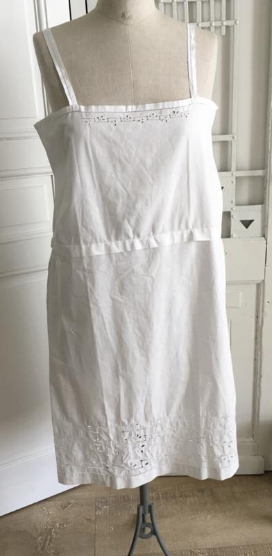 Frans oud nachthemd