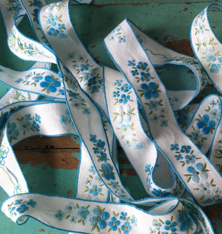 Vintage bloemetjesband
