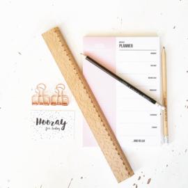 Week planner pink