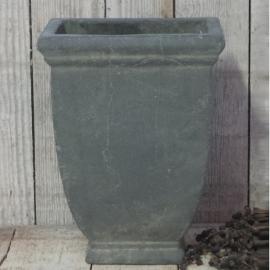 Hoge stenen pot