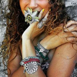 Rove Bracelet Mandala