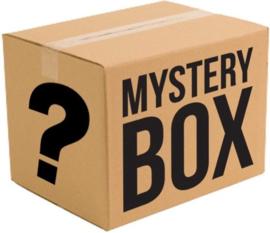 Mystery Box Sjaals en Riemen (10 artikelen twv €200)