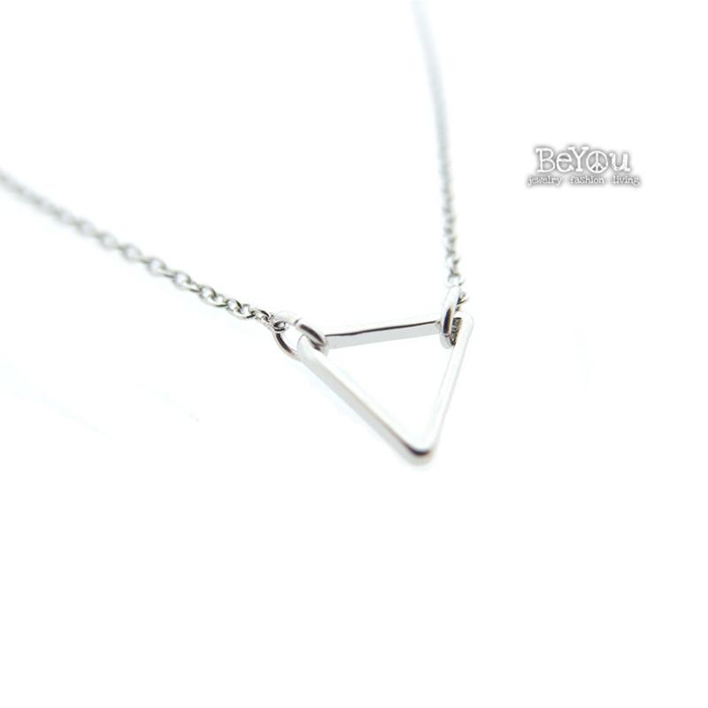 Silver Chain Triangle