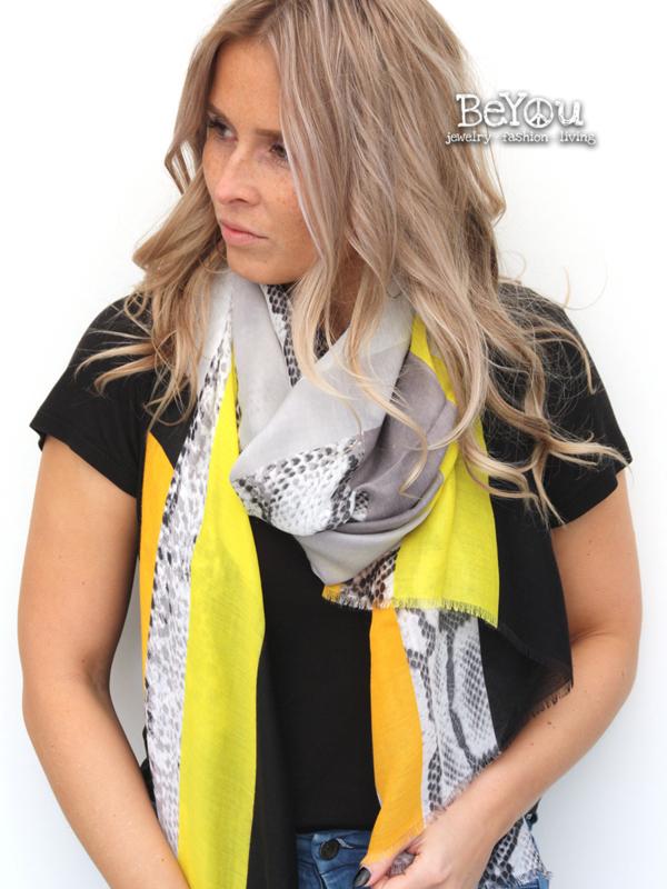 Sjaal Maud Geel